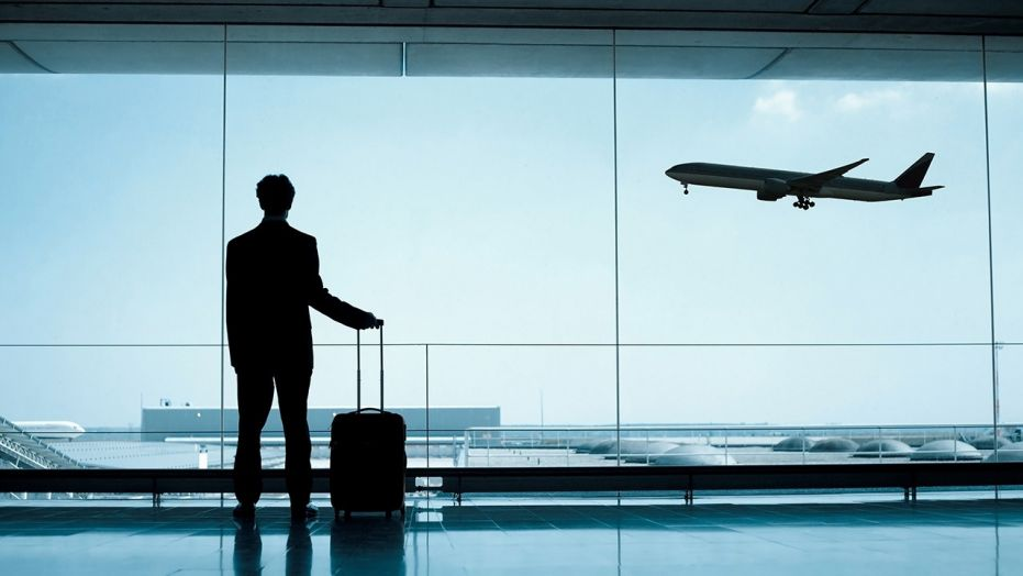 Можно ли выехать за границу, если есть долги по кредиту