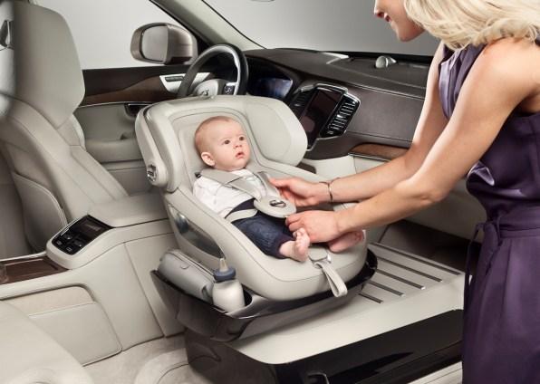 можно ли ездить детям на переднем сиденье