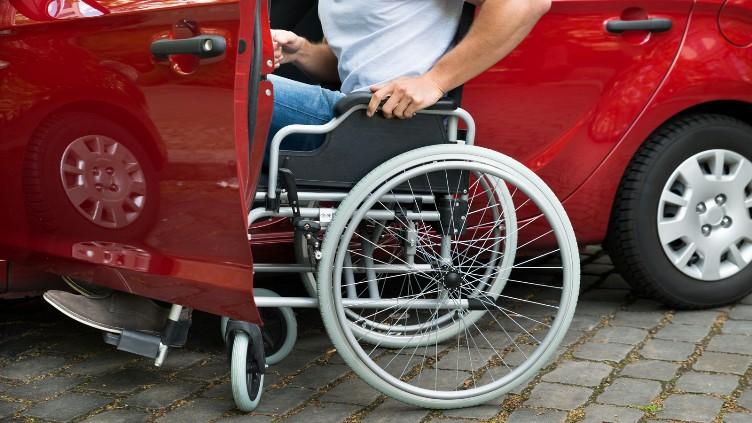 Автомобиль для инвалида: группы инвалидности, льготные условия получения авто, необходимые документы, правила подачи, сроки рассмотрения, результаты и советы юриста
